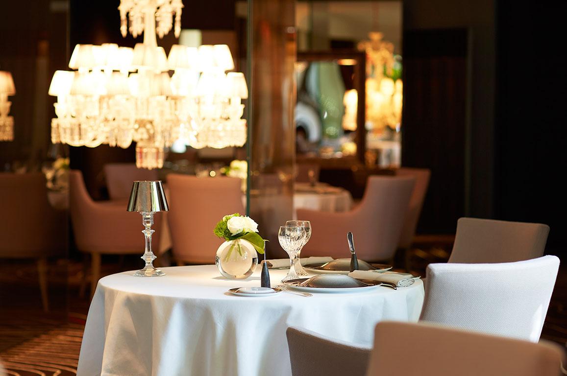 Eine atemberaubende Suite, ein einzigartiges Erlebnis und ein Chef's Dinner